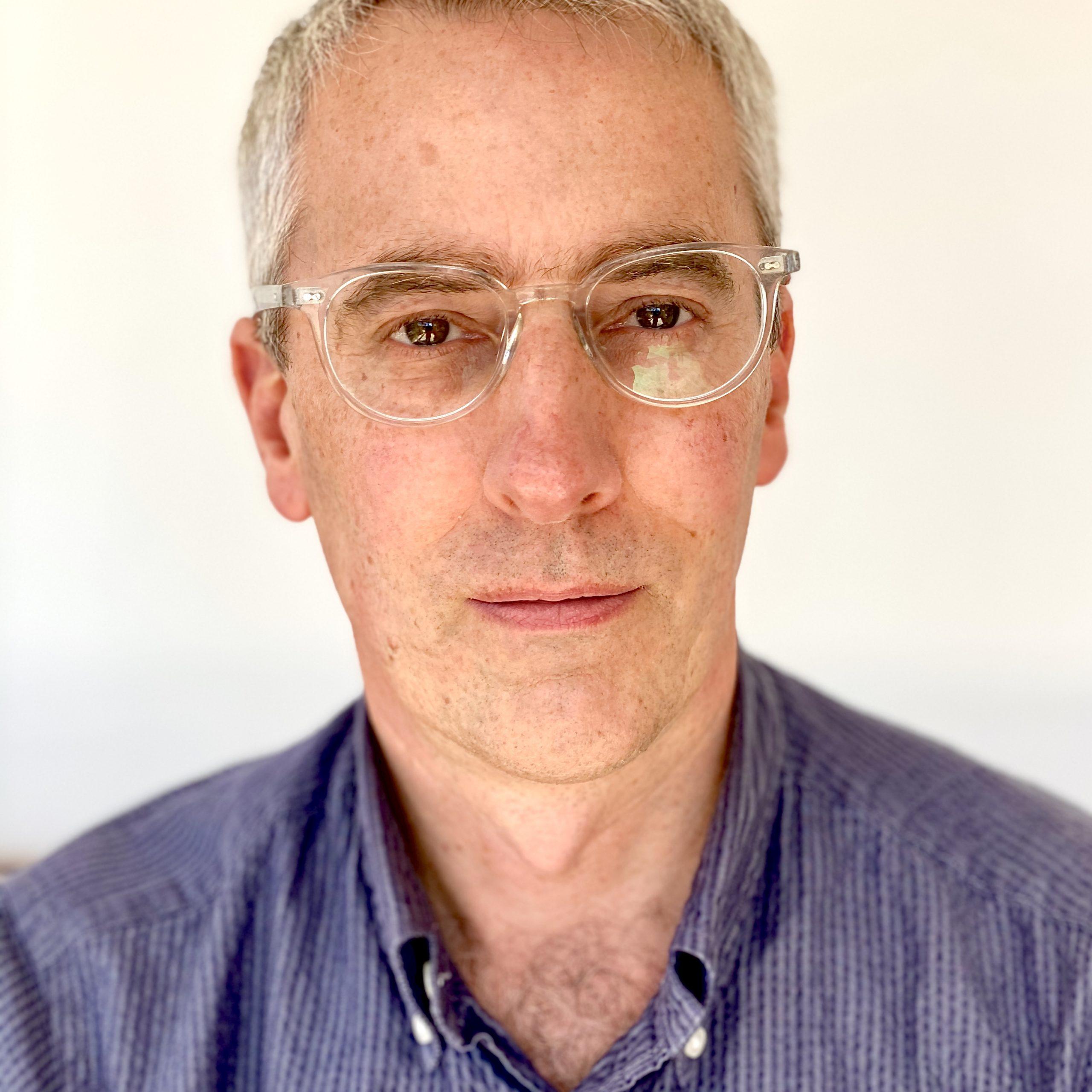 Simon Wallis Headshot