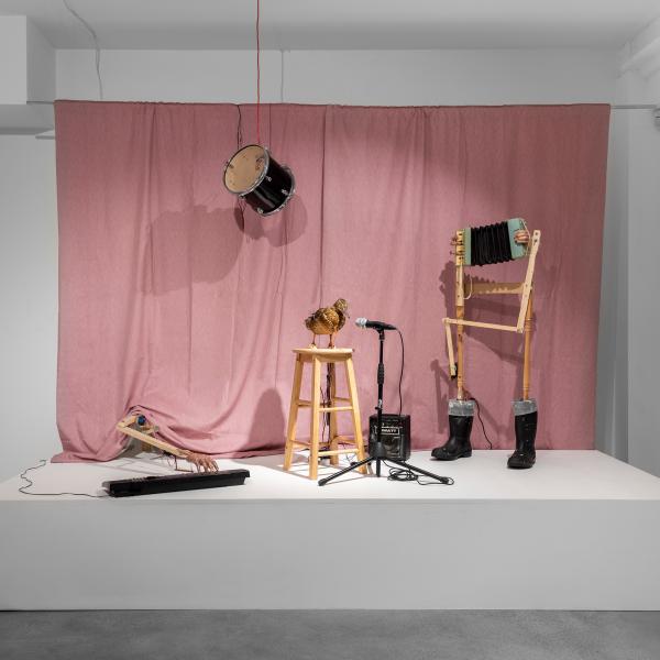 Installation view 1 of 'stage fright' (c) Tobias Bradford. Courtesy of Huxley-Parlour